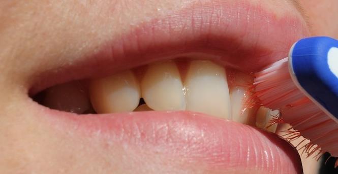 ¿Que provoca la sensibilidad dental?